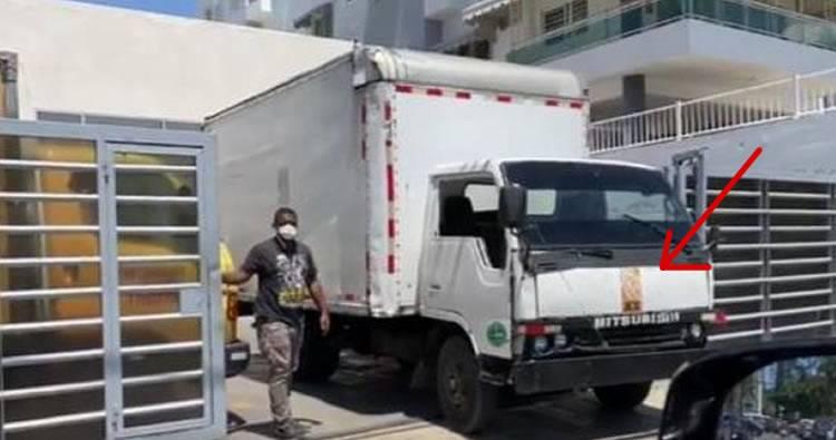 Lo que dice la Junta del camión rotulado con logo JCE entrando a comando de campaña de Gonzalo Castillo