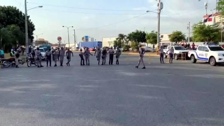 Autoridades disponen cierre de avenidas próximo a la Junta Central Electoral