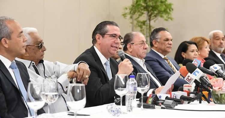 Cúpula del PLD rompe con Leonel Fernández