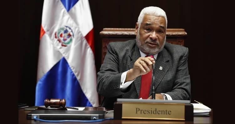 Danilistas rompen acuerdo y reeligen a Redhamés Camacho como presidente Cámara de Diputados
