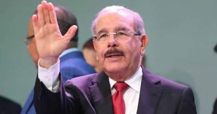 Por presión Danilo Medina «suspende temporalmente» permisos para hotel en Parque Nacional Cotubanamá