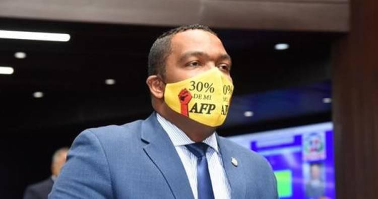 Diputados aprueban conocer proyecto de ley que busca retiro de 30% de las AFP