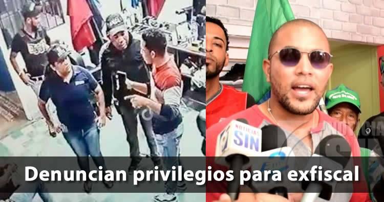 Denuncian tienen privilegios para exfiscal acusada de poner droga en Villa Vásquez