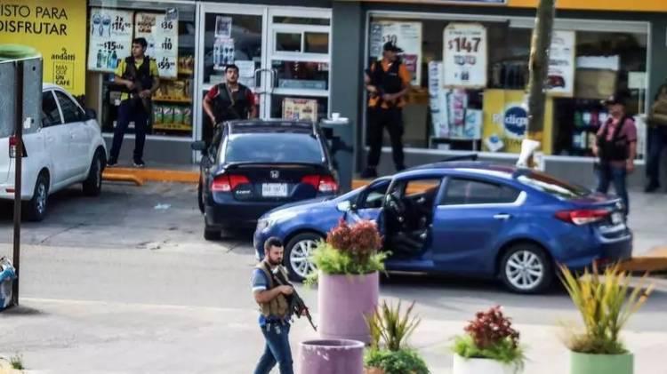 Hijo de 'El Chapo' Guzmán orquestó balaceras que llevaron a la liberación de su hermano
