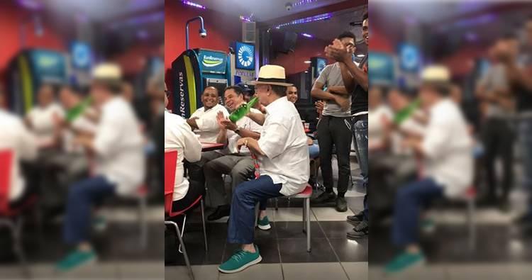 Video: Hipólito Mejía bebiendo cerveza