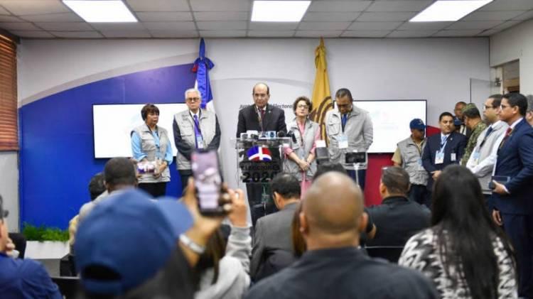 """Pleno JCE dispone auditoría forense a voto automatizado """"bajo procedimiento de urgencia"""""""