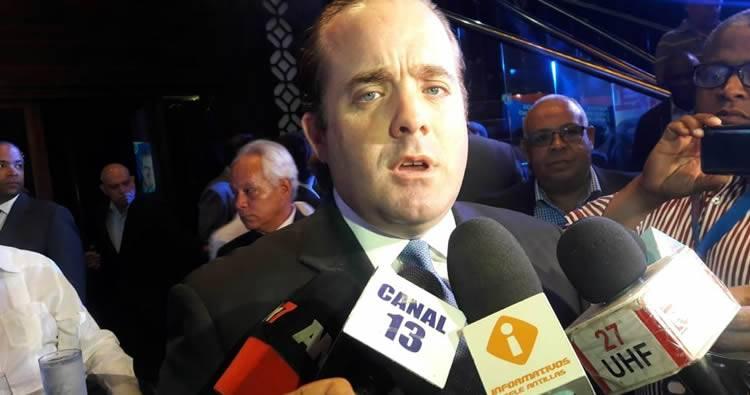 José Ignacio Paliza denuncia fallos técnicos en municipios donde PRM sale ganando en encuestas