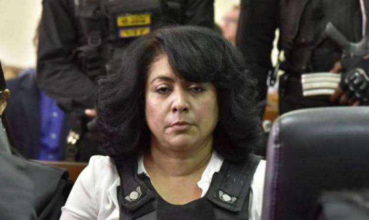 Piden libertad de Marlin Martínez; esta «enfermita» según su abogada