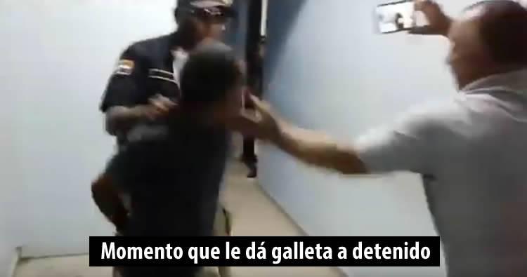 Pelea de camarógrafos por una noticia [Video completo]