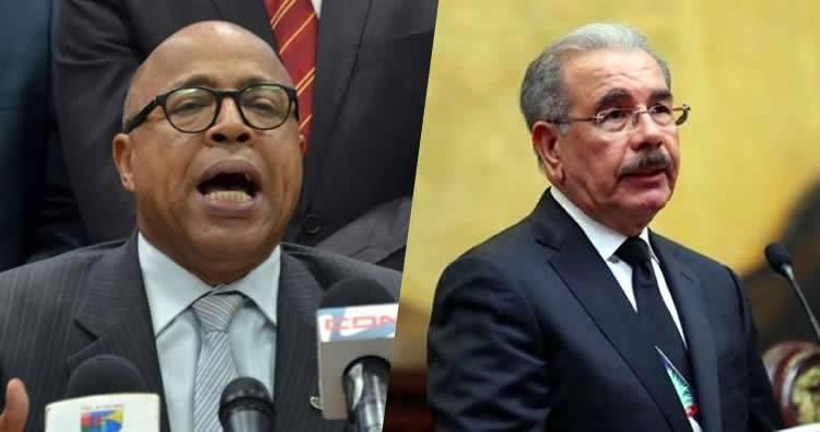 Legisladores de oposición se retiran de discurso de Danilo Medina