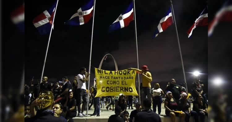Video: Protestas en la Plaza de la Bandera llegan a su sexto día