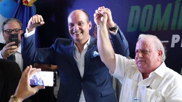Ramfis Domínguez Trujillo presenta a Ernesto Fadul como precandidato a diputado
