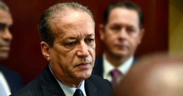 Reinaldo Pared Pérez anuncia que tiene cáncer de esófago