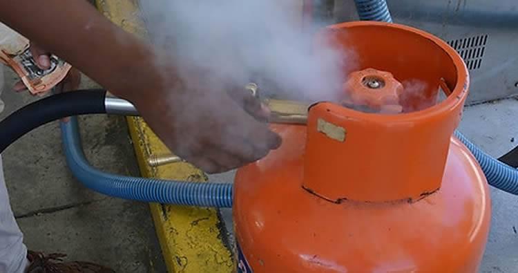 El Gas GLP vuelve a subir; Las gasolinas y el gasoil bajan