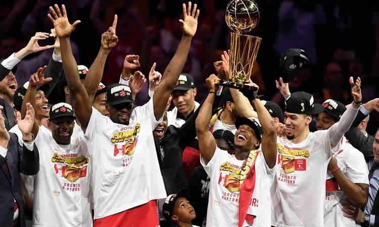Los Raptors vencen a Warriors y se coronan campeones