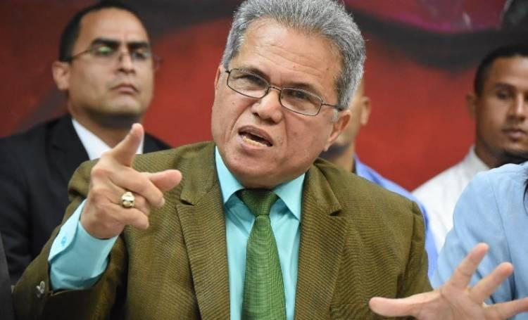 Colegio Médico dice medidas anunciadas por Danilo Medina no frenarán el coronavirus