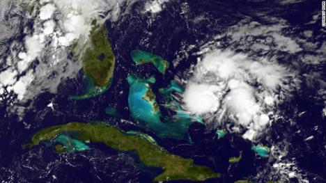 Tormenta Kate amenaza con convertirse en huracán