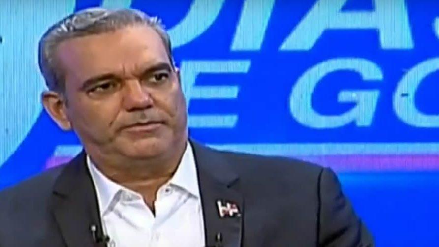 """Luis Abinader: """"Toque de queda podría flexibilizarse en diciembre"""""""